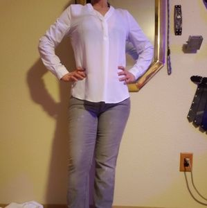 Laundry by Shelly Segal  White blouse size 6